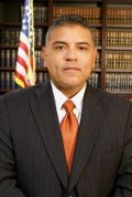 Jose Montano is a criminal defense, bankruptcy and Immigration